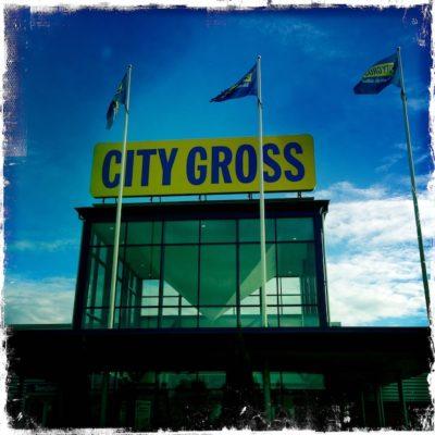 Invigning på City Gross i Höör - Trolleri med magiker Hans Lindström