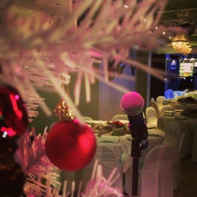 Soundcheck på underhållning julbord åt SBG hos Miro Lounge magiker Hans Lindström