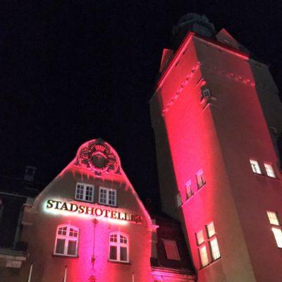 magiskt 50-års jubileum Västerås magiker Hans Lindström