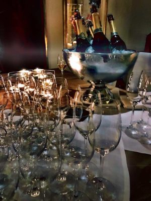 underhållning på privat fest iStockholm med magiker Hans Lindström