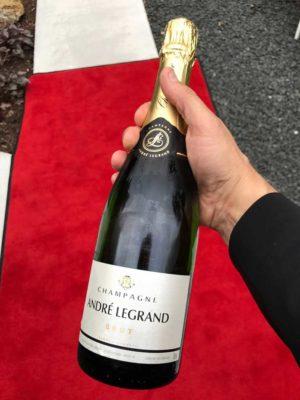 Champagne present från nöjd kund